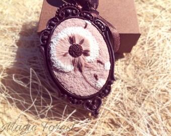 Dandelion Brooch - oval small floral brooch - Polymer clay jewelry- Brooch with wildflowers - Applique -Handmade flower brooch-brooch