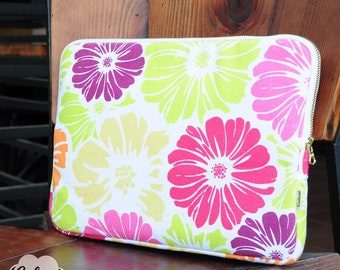 Laptop Sleeve, Macbook Sleeve with colorful daisy flowers