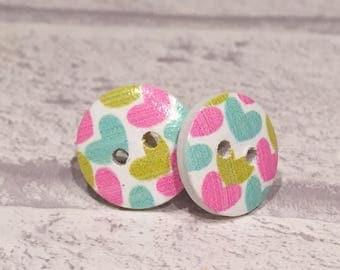 Button detail stud earrings