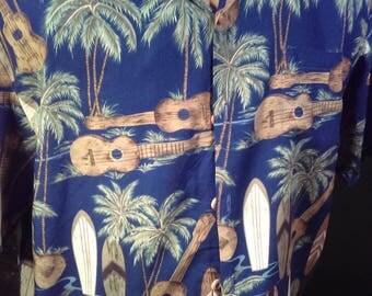 Vintage Mens Small Hawaiian Shirt