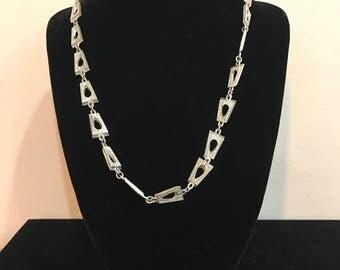 Trifari Single Strand Necklace