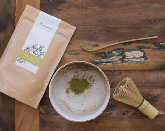 Matcha green tea set - beige bowl
