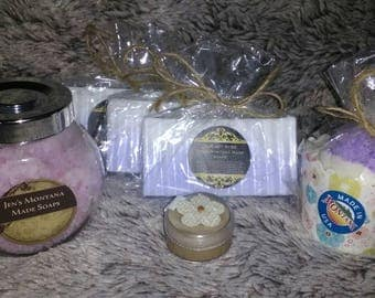 Gift boxes.  Comes with three bars of soap made with essential oils,  1 bath bomb,  1 bath salt and one surprise gift.