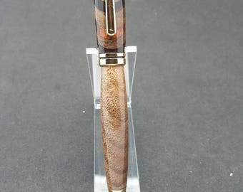 Claro walnut and Cocobolo inlay european style ink pen.