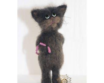 Tiny cat needle felted, kitten miniature animal, pretty cat, kitten hiding sausages