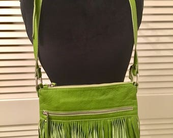 INNUE green leather crossbody bag