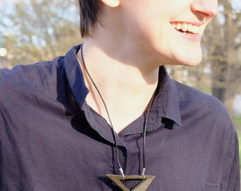 Cut-out Triangle Necklace