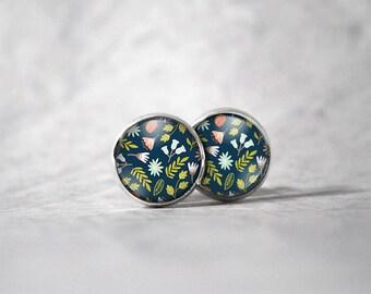 Earrings cabochon 10 mm / flowers