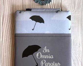 IN OMNIA PARATUS book sleeve