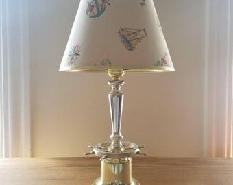 Vtg Nautical Lamp w/ Wheel Base & Old School Design Lamp Shade