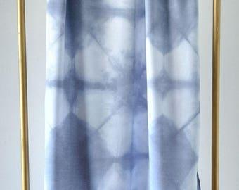 Shibori scarf / chalina shibori / handcrafted / Itajime shibori / artisanal dyeing / scarf /