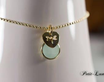 Faceted glass light green on vintag bracelet