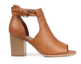 Mark and Maddux Hunter-01 Women's Ankle Booties