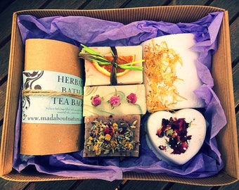 Herbal Bath Tea Bags Pamper Gift Box with Handmade All Natural Soap & Bath Bombs