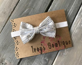 White and silver elastic bow headband