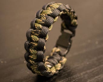 Two Tone Army Camouflage Hunter Survival Paracord Bracelet