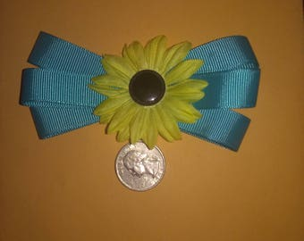 Ribbon hair clip with flower