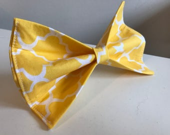 Yellow and White Quatrefoil Trellis Design Dog Bow Tie in Small, Medium or Large