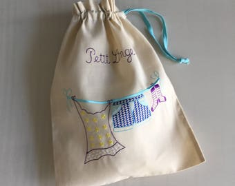 PETIT LINGE Embroidered Drawstring Bag