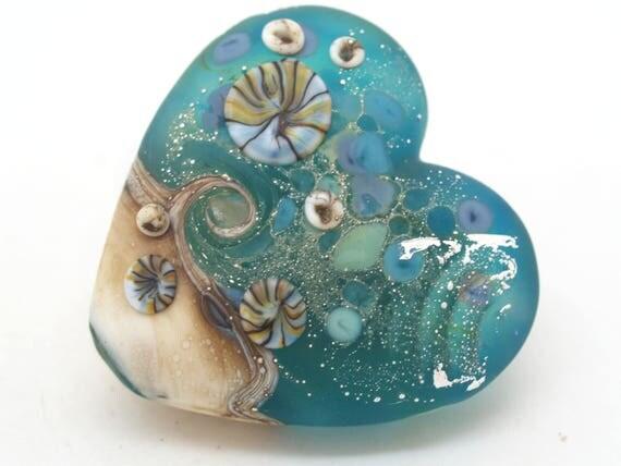 Seaside Heart Bead