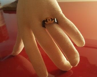 Sweet Little black and gold finger Ring