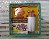 Mirro Retro Aluminum Dial-A-Cookie Cookie Press Kit - NEW IN BOX - Baking Gadget or Kitschy Kitchen Display Item