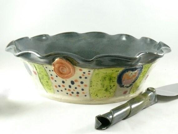 Ceramic Pie Baking Pan - Green Pie dish, Wedding Gift Pie Plate - Ceramic Bakeware - Pie Baker - Quiche or Cake Plate - Baking Dish