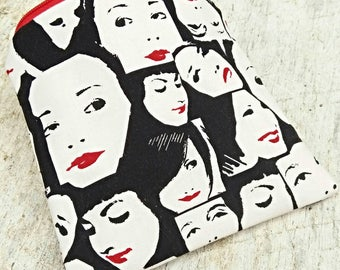 Lipstick faces pouch. Square zipper pouch. Makeup bag. Ladies change purses. Black and white. Red lips.