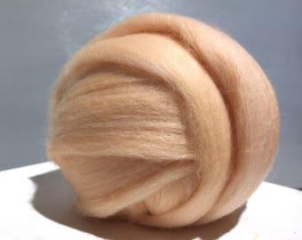 Vanilla Beige Merino Roving, roving, Needle Felting, Spinning Fiber, bisque ecru tan Merino roving, free samples