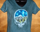 Grateful Dead Steal Your face Mountain Moon Handmade Batik Women's  T-Shirt