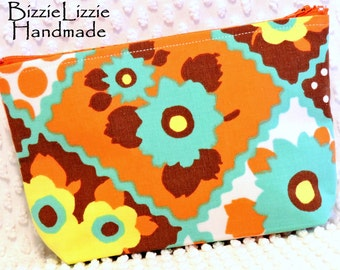 Retro Turquoise and Orange Faux Patchwork Toiletry Pouch, Vintage Fabric Flat Bottom Large Cosmetic Pouch, Make Up Bag