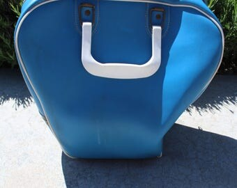 VINTAGE aqua colored bowling ball bag