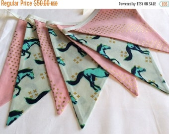 Entire Shop On SALE 11 flags, SIMILAR to as shown, Horse Theme Fabric Flag Bunting
