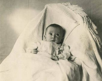 vintage photo 1910 Little Baby Jeanne Hidden Mother Under Chenile bed spread