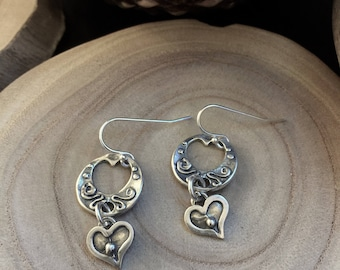 two Heart Earrings-mother daughter Earrings-Simple multiple 2 Heart Earrings-Coin dangle-Romantic-everyday earrings-gift ideas