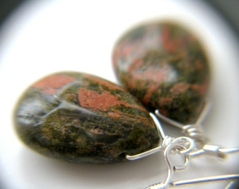 Green Natural Stone Earrings . Nature Inspired Jewelry . Unakite Earrings . Green Gemstone Earrings . Earthy Jewelry - Tocantins Collection