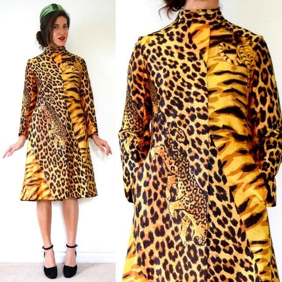 SPRING SALE/ 20% off Vintage 60s 70s Jungle Cat Print Rain Coat (size small, medium)