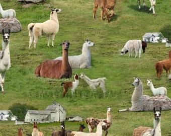 Farm Animals, Green Llamas, Elizabeths Studio, cotton quilting fabric - HALF YARD