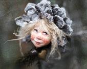 Pixie girl Nele handmade decoration, Zapfenkind