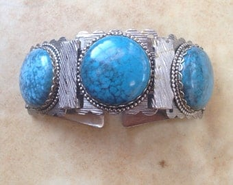 Vintage 1970s Silver and Turquoise Chunky Bracelet // Boho Gypsy