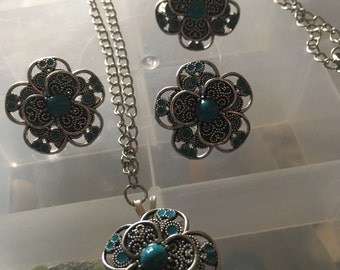 Teal delight flower set