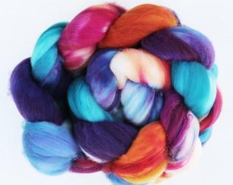 """Superwash Merino Combed Top Wool Hand-dyed Spinning Fiber, 4 oz, """"Lantern"""""""