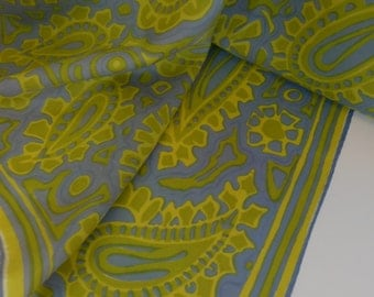 """Vintage 60s Vera Polyester Paisley Scarf 26"""" square"""