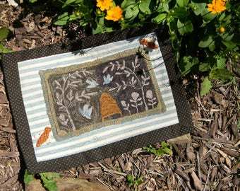 Birds and Bees - DIGITAL Punch Needle Pattern from - Notforgotten Farm™