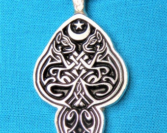 Celtic Cats Intertwined Pendant in Silver Pewter, Handmade, Handcast STK211