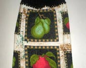 Blow Out Sale Fruit Towel, Apples and Pears, Hanging Towel, Crochet Top Towel, Red Apples, Green Pears, Hanging Hand Towel, Hanging Dish Tow