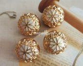 4 Vintage Style Gold Golden White Flower Floral Jacket Coat Sweater Dome Shaped Metal Button 0.75 Inches / 1.8 cm