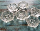 Vintage Buttons - lot of clear Depression glass, matching flower faceted novelty cut  lot of 6 medium size hexagon shape (may 322 17)