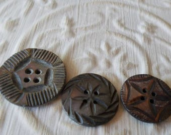 Vintage Buttons - Amazing mother of pearl, matching carved designs lot of 3 Victorian  (may 80 17)