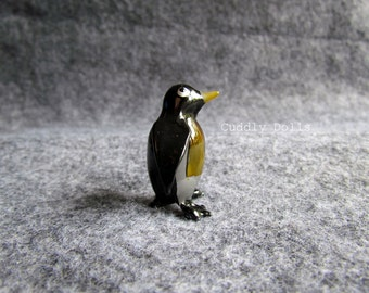 Black PENGUIN BIRD Hand Blown Glass Animal Figurine Miniatures,Sea Life,Marine,Ocean,Glass Penguin,Penguin Glass Figurine,Bird Figurine